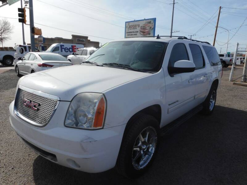 2010 GMC Yukon XL for sale at AUGE'S SALES AND SERVICE in Belen NM