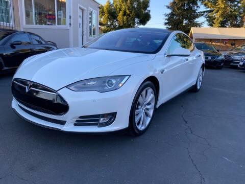 2014 Tesla Model S for sale at Ronnie Motors LLC in San Jose CA