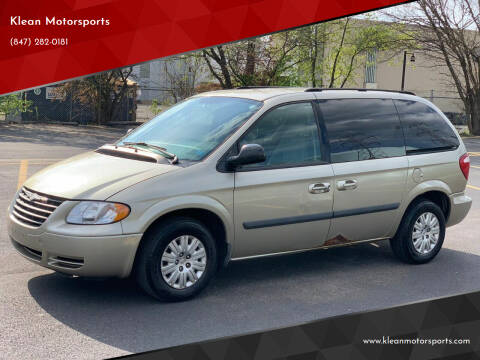 2007 Chrysler Town and Country for sale at Klean Motorsports in Skokie IL