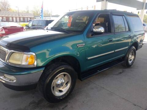 1997 Ford Expedition for sale at Springfield Select Autos in Springfield IL
