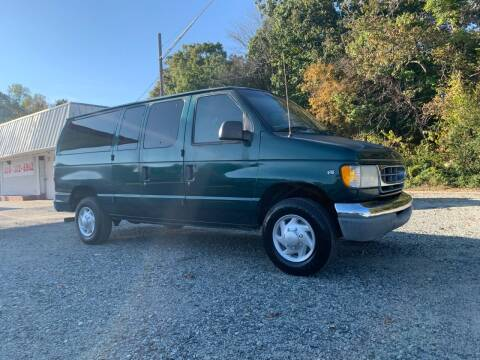 2000 Ford E-350 for sale at Charlie's Used Cars in Thomasville NC