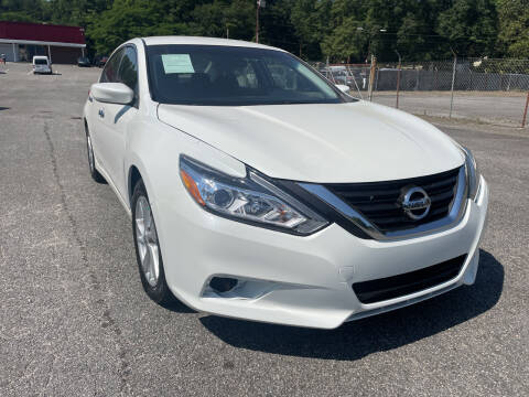 2016 Nissan Altima for sale at Certified Motors LLC in Mableton GA