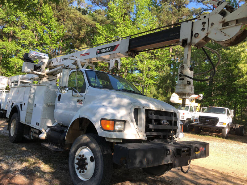 2006 Ford F-750 Super Duty for sale in Hope, AR