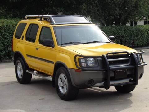 2004 Nissan Xterra for sale at Auto Starlight in Dallas TX
