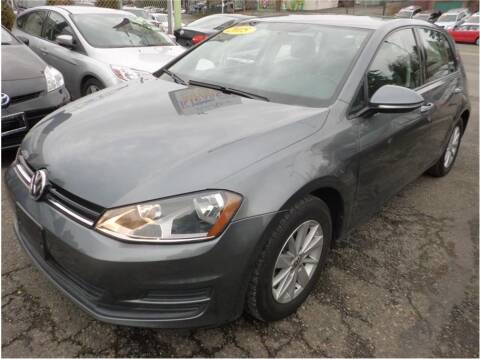 2015 Volkswagen Golf for sale at Klean Carz in Seattle WA
