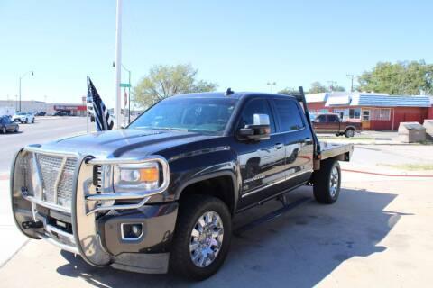 2015 GMC Sierra 2500HD for sale at KD Motors in Lubbock TX