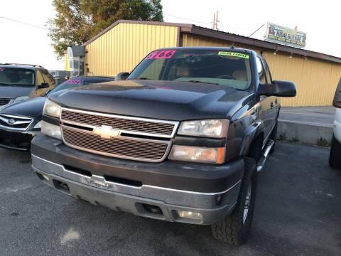 2005 Chevrolet Silverado 2500HD for sale at BELOW BOOK AUTO SALES in Idaho Falls ID