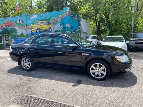 2008 Ford Taurus for sale at Showcase Motors in Pittsburgh PA