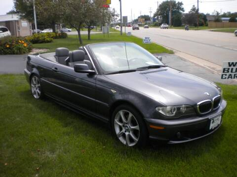 2005 BMW 3 Series for sale at AUTO MART in Oshkosh WI