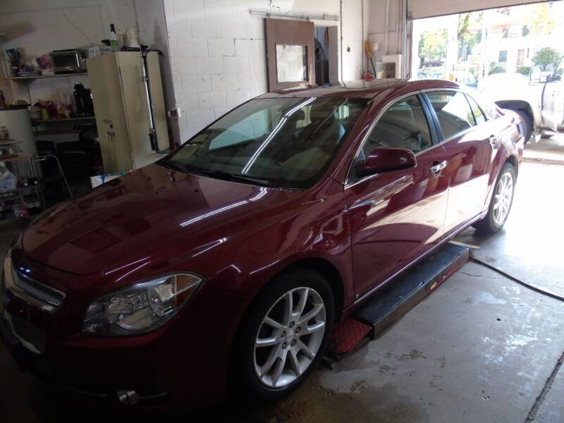 2009 Chevrolet Malibu for sale at C&C AUTO SALES INC in Charles City IA