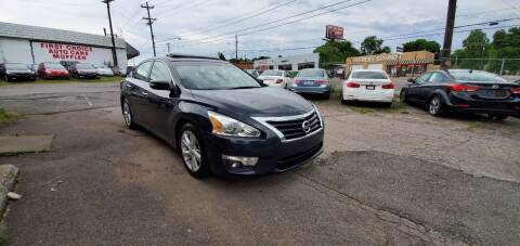 2014 Nissan Altima for sale at Green Ride Inc in Nashville TN
