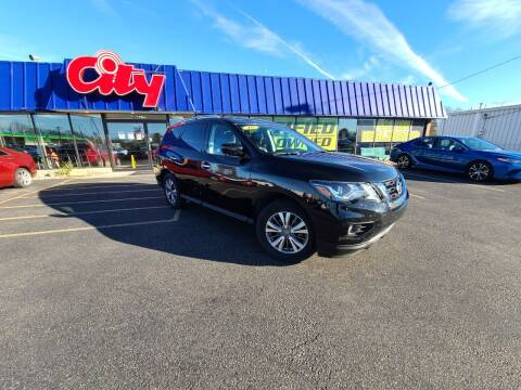 2019 Nissan Pathfinder for sale at CITY SELECT MOTORS in Galesburg IL