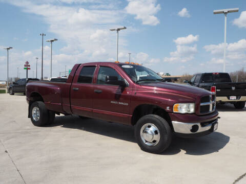 2003 Dodge Ram Pickup 3500 for sale at SIMOTES MOTORS in Minooka IL