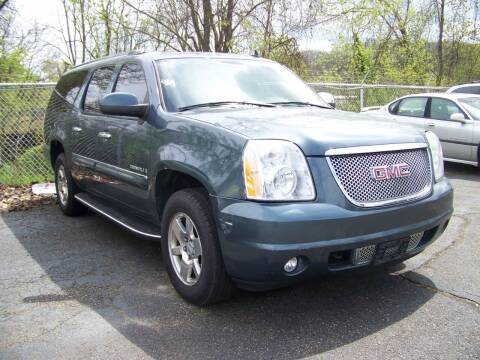 2007 GMC Yukon XL for sale at Collector Car Co in Zanesville OH