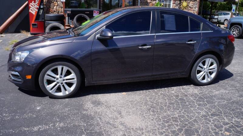 2016 Chevrolet Cruze Limited for sale at G & R Auto Sales in Charlestown IN