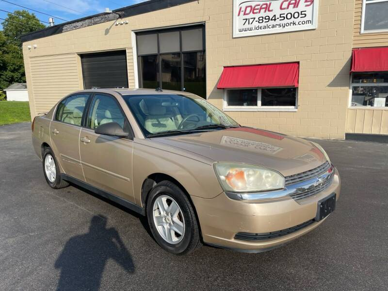 2005 Chevrolet Malibu for sale at I-Deal Cars LLC in York PA