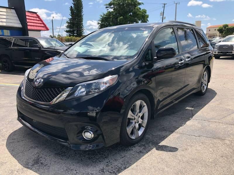 2014 Toyota Sienna for sale at Gtr Motors in Fort Lauderdale FL