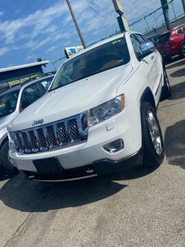 2013 Jeep Grand Cherokee for sale at Car Barn of Springfield in Springfield MO
