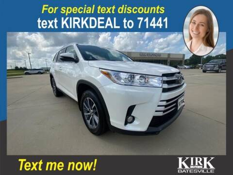 2019 Toyota Highlander for sale at Kirk Brothers Batesville in Batesville MS