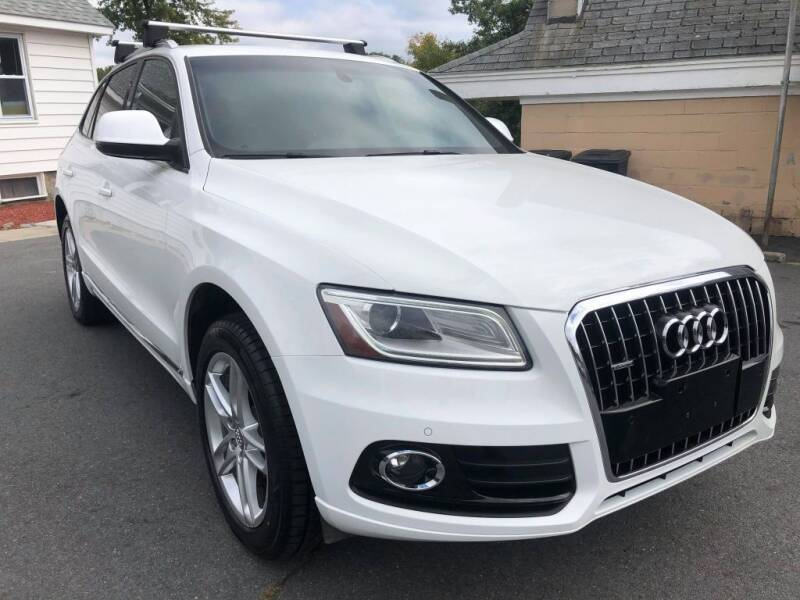 2014 Audi Q5 for sale at Dracut's Car Connection in Methuen MA