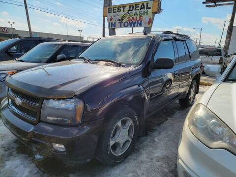 2008 Chevrolet TrailBlazer for sale at JORDAN AUTO SALES in Youngstown OH