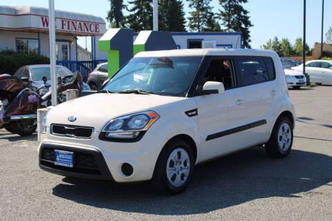 2013 Kia Soul for sale at BAYSIDE AUTO SALES in Everett WA