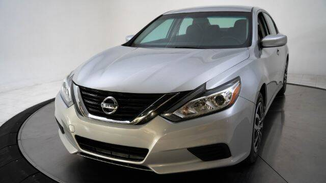 2017 Nissan Altima for sale at AUTOMAXX MAIN in Orem UT