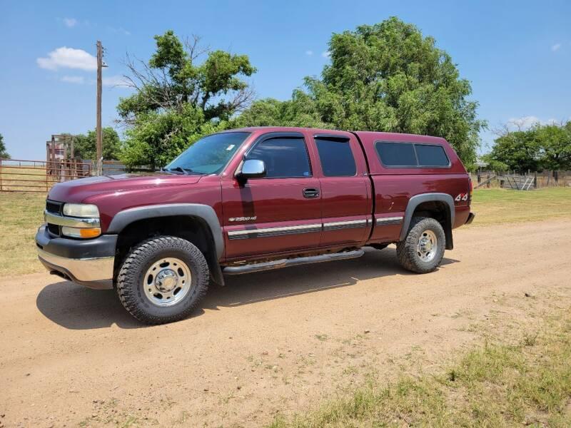 2002 Chevrolet Silverado 2500HD for sale at TNT Auto in Coldwater KS