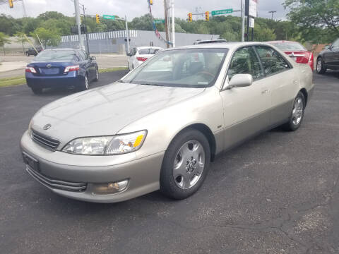 2001 Lexus ES 300 for sale at Cedar Auto Group LLC in Akron OH