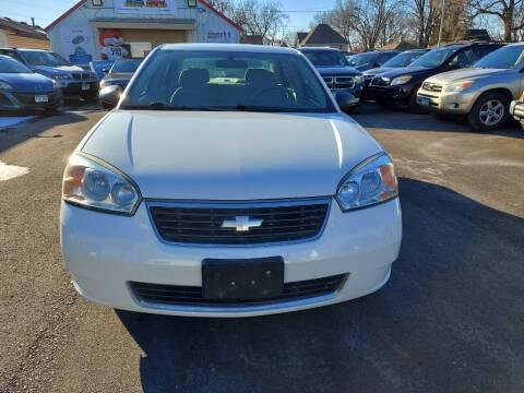 2006 Chevrolet Malibu for sale at Rochester Auto Mall in Rochester MN