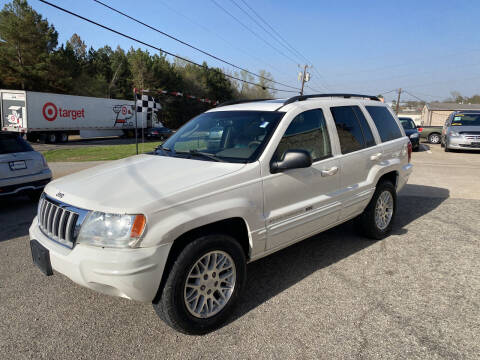 2004 Jeep Grand Cherokee for sale at Preferred Auto Sales in Tyler TX