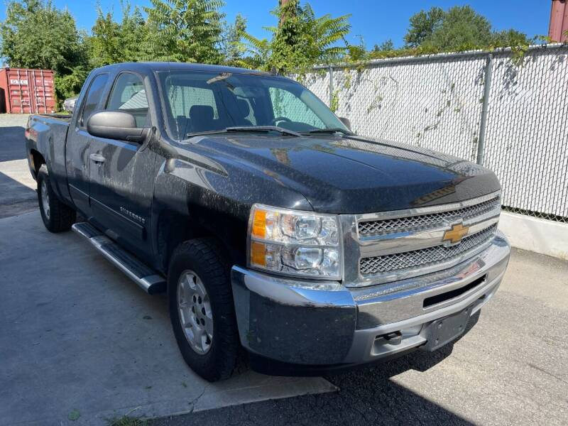 2013 Chevrolet Silverado 1500 for sale at Pinnacle Automotive Group in Roselle NJ