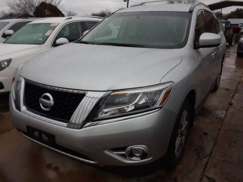 2014 Nissan Pathfinder for sale at Auto Haus Imports in Grand Prairie TX