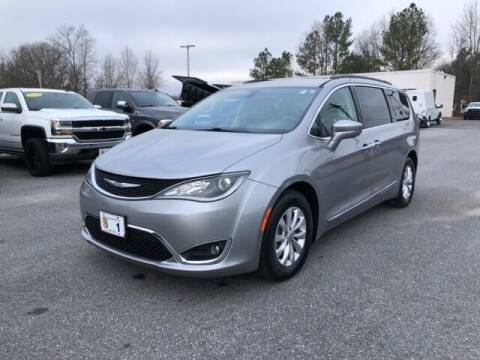2017 Chrysler Pacifica for sale at FRED FREDERICK CHRYSLER, DODGE, JEEP, RAM, EASTON in Easton MD