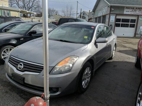 2009 Nissan Altima for sale at Richland Motors in Cleveland OH