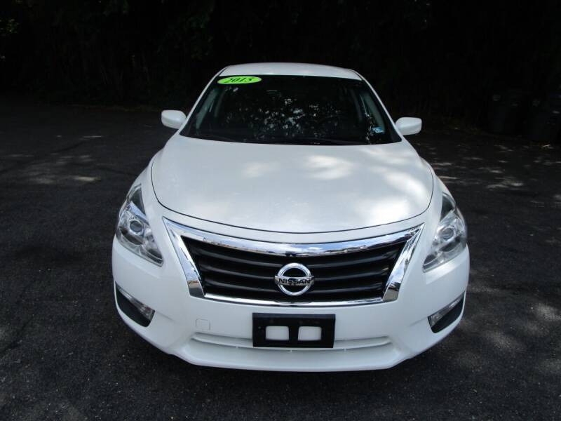 2015 Nissan Altima for sale at FIRST CLASS AUTO in Arlington VA