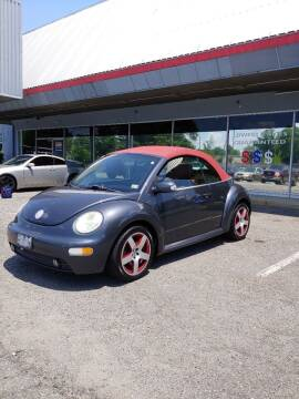 2005 Volkswagen New Beetle Convertible for sale at Carz Unlimited in Richmond VA