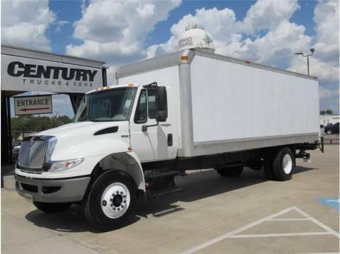 2008 International DuraStar 4400 for sale at CENTURY TRUCKS & VANS in Grand Prairie TX