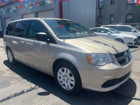 2014 Dodge Grand Caravan for sale at Gallery Auto Sales in Bronx NY