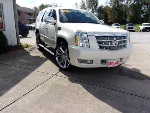 2013 Cadillac Escalade for sale at BABCOCK MOTORS INC in Orleans IN