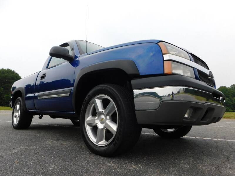 2004 Chevrolet Silverado 1500 for sale at Used Cars For Sale in Kernersville NC