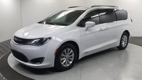2018 Chrysler Pacifica for sale at Stephen Wade Pre-Owned Supercenter in Saint George UT