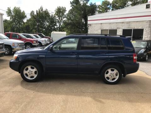 2005 Toyota Highlander for sale at Northwood Auto Sales in Northport AL