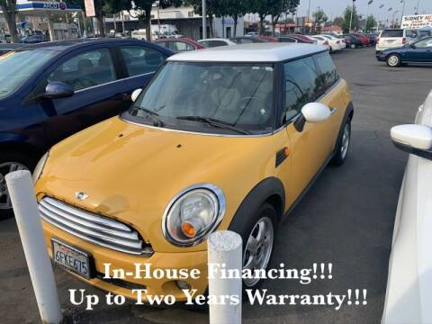 2009 MINI Cooper for sale at Sidney Auto Sales in Downey CA
