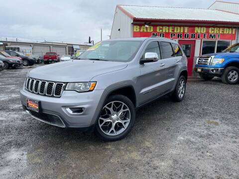 2017 Jeep Grand Cherokee for sale at Yaktown Motors in Union Gap WA