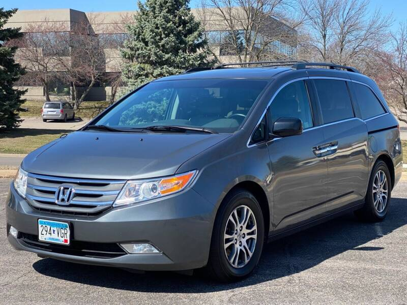 2011 Honda Odyssey for sale at North Imports LLC in Burnsville MN