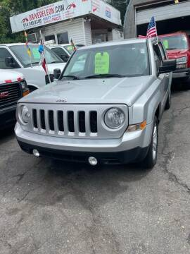 2013 Jeep Patriot for sale at Drive Deleon in Yonkers NY