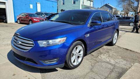 2013 Ford Taurus for sale at M & C Auto Sales in Toledo OH