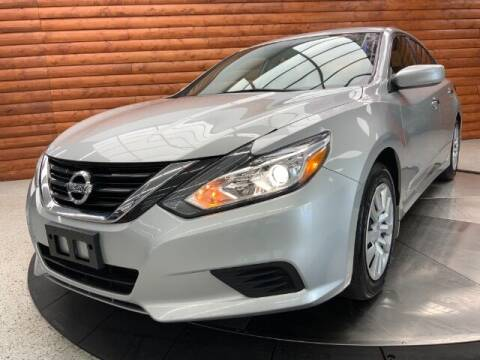 2017 Nissan Altima for sale at Dixie Motors in Fairfield OH