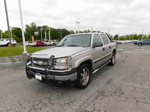 2005 Chevrolet Avalanche for sale at Paniagua Auto Mall in Dalton GA